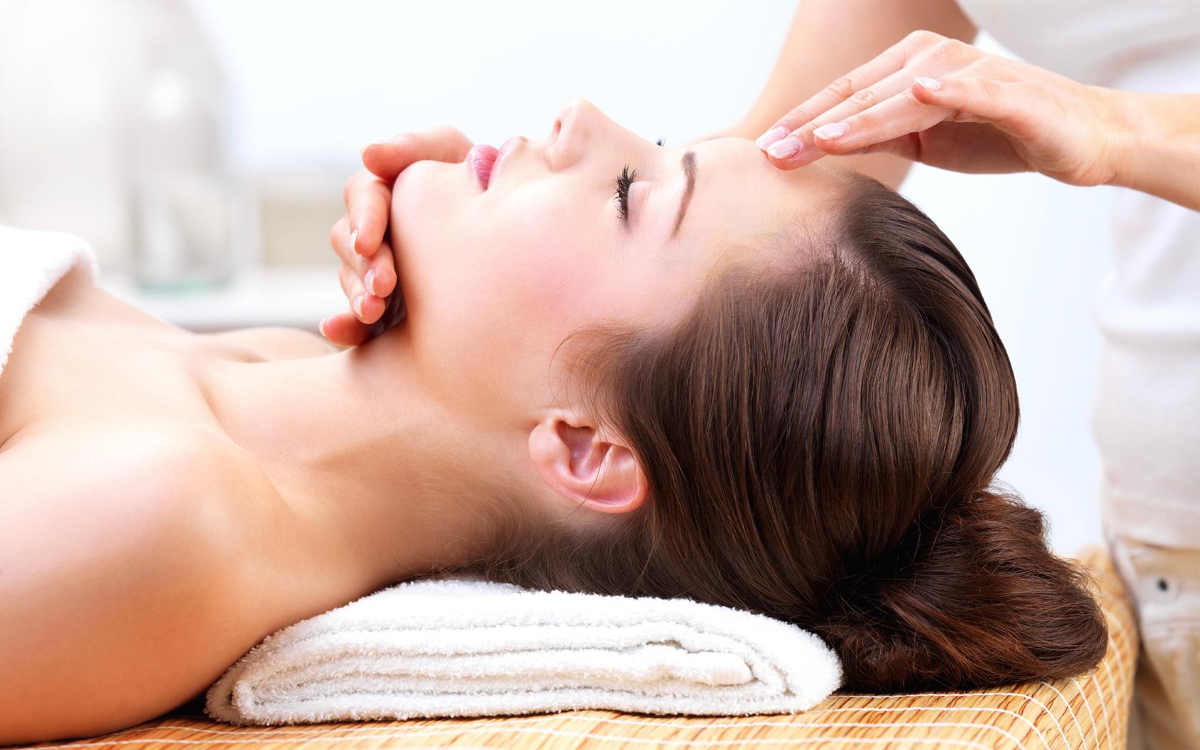 kinkie erotische massage wuustwezel